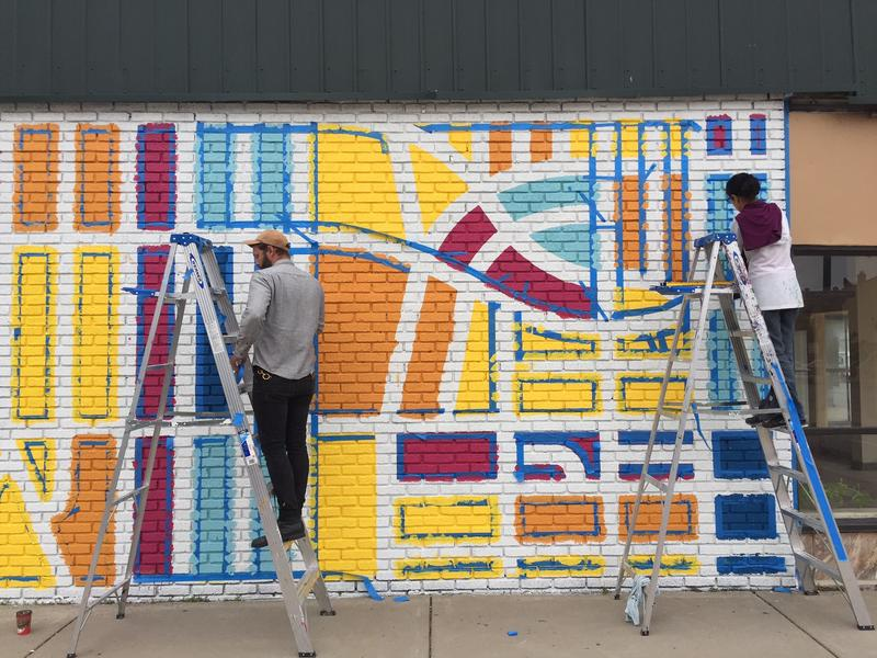 Mural takes shape on Hertel Avenue