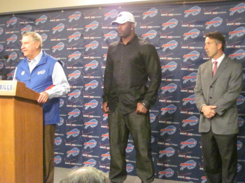 Bills GM Buddy Nix, DE Mario Williams and CEO Russ Brandon announce the news Bills fans have been waiting since Tuesday to hear