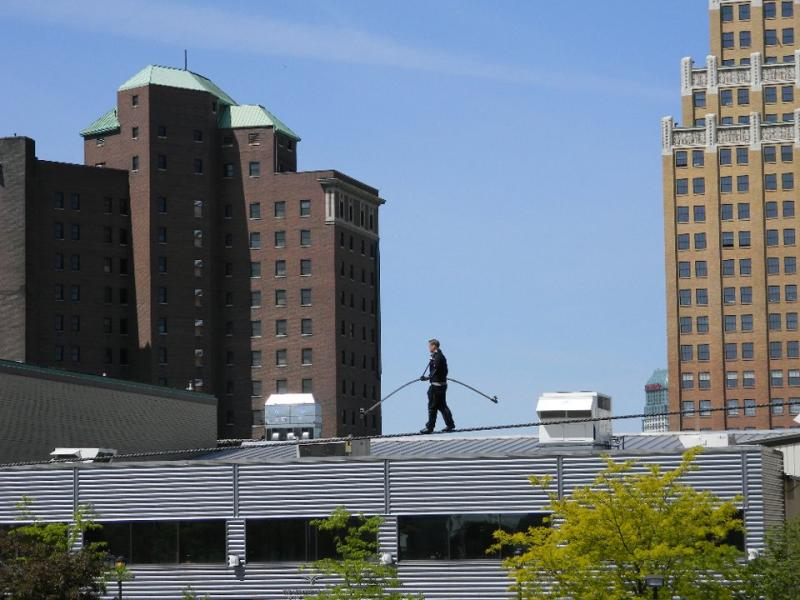 Nik Wallenda practices on high wire in Niagara Falls, NY
