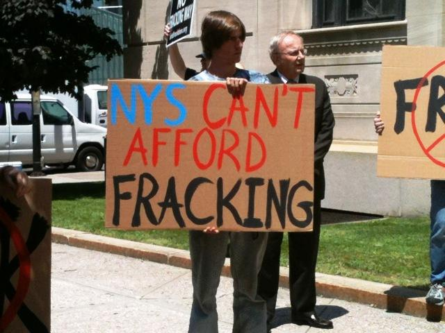 Anti-Fracking message