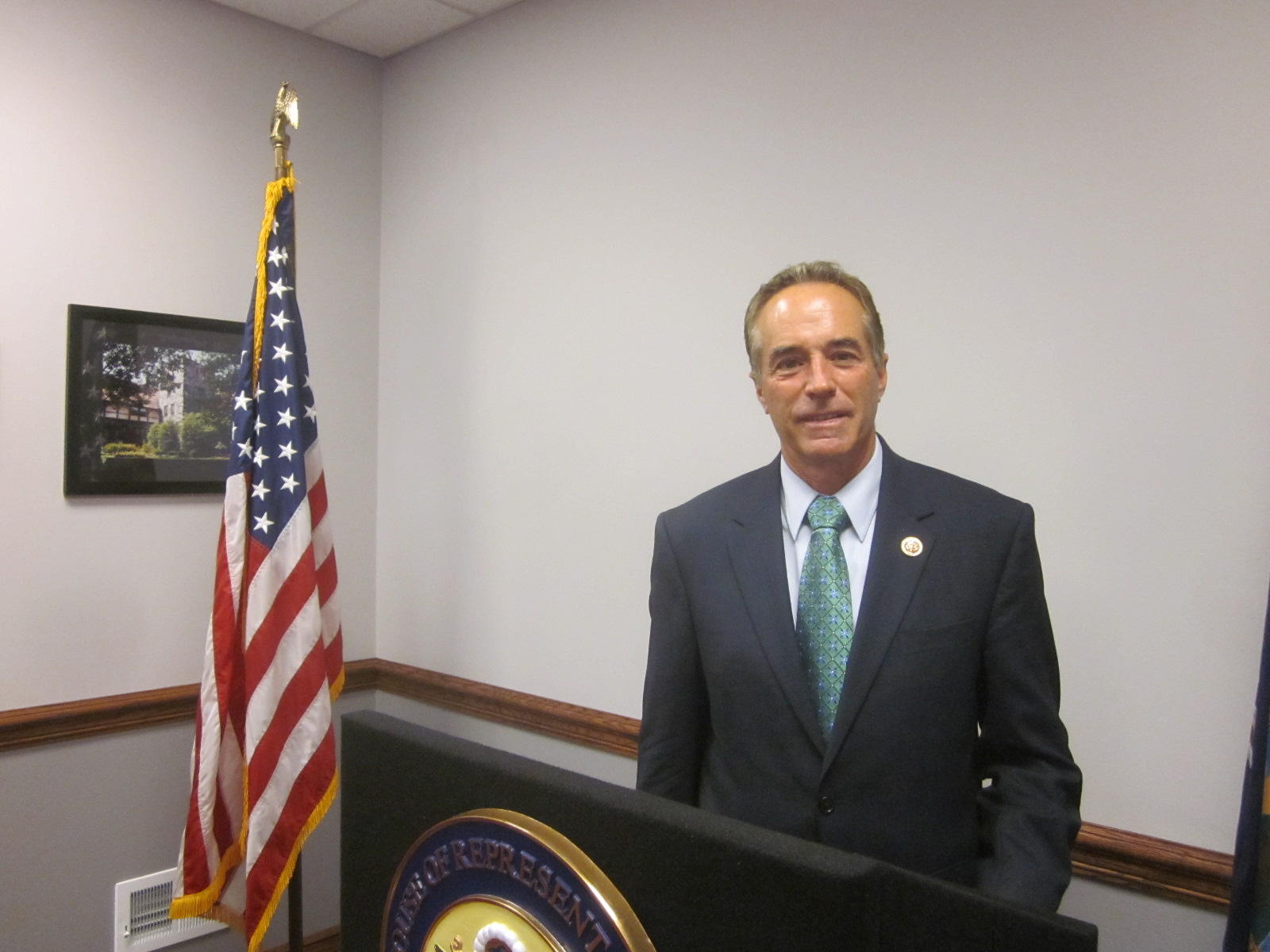 Ethics Committee extends review of Rep. Chris Collins