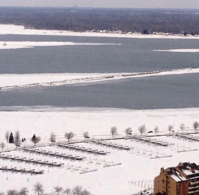 Frigid weather prompts ice fishing precautions from dec wbfo for Lake erie ice fishing