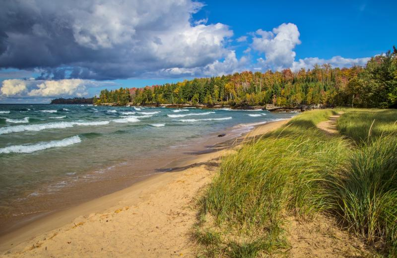 Sunny autumn day on Lake Superior shore