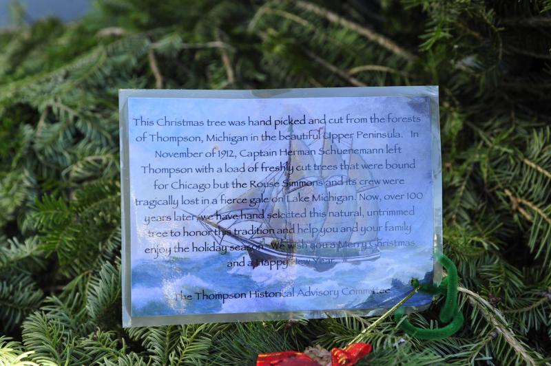 Note recalls the sinking of Christmas tree ship.