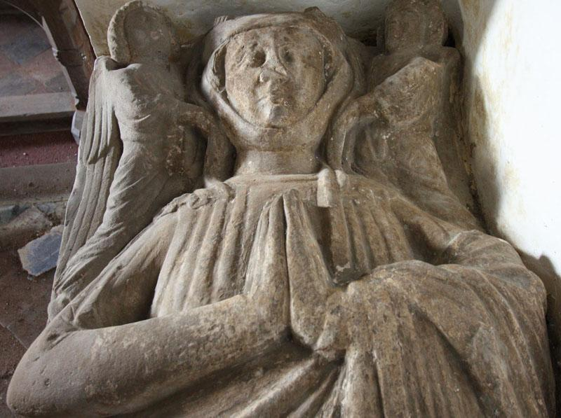 Effigy of a lady in Wolferlow, St. Andrew, Hereford