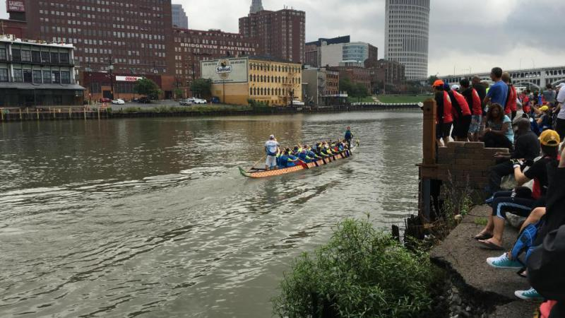 Dragon boats in the Cuyahoga River in 2016