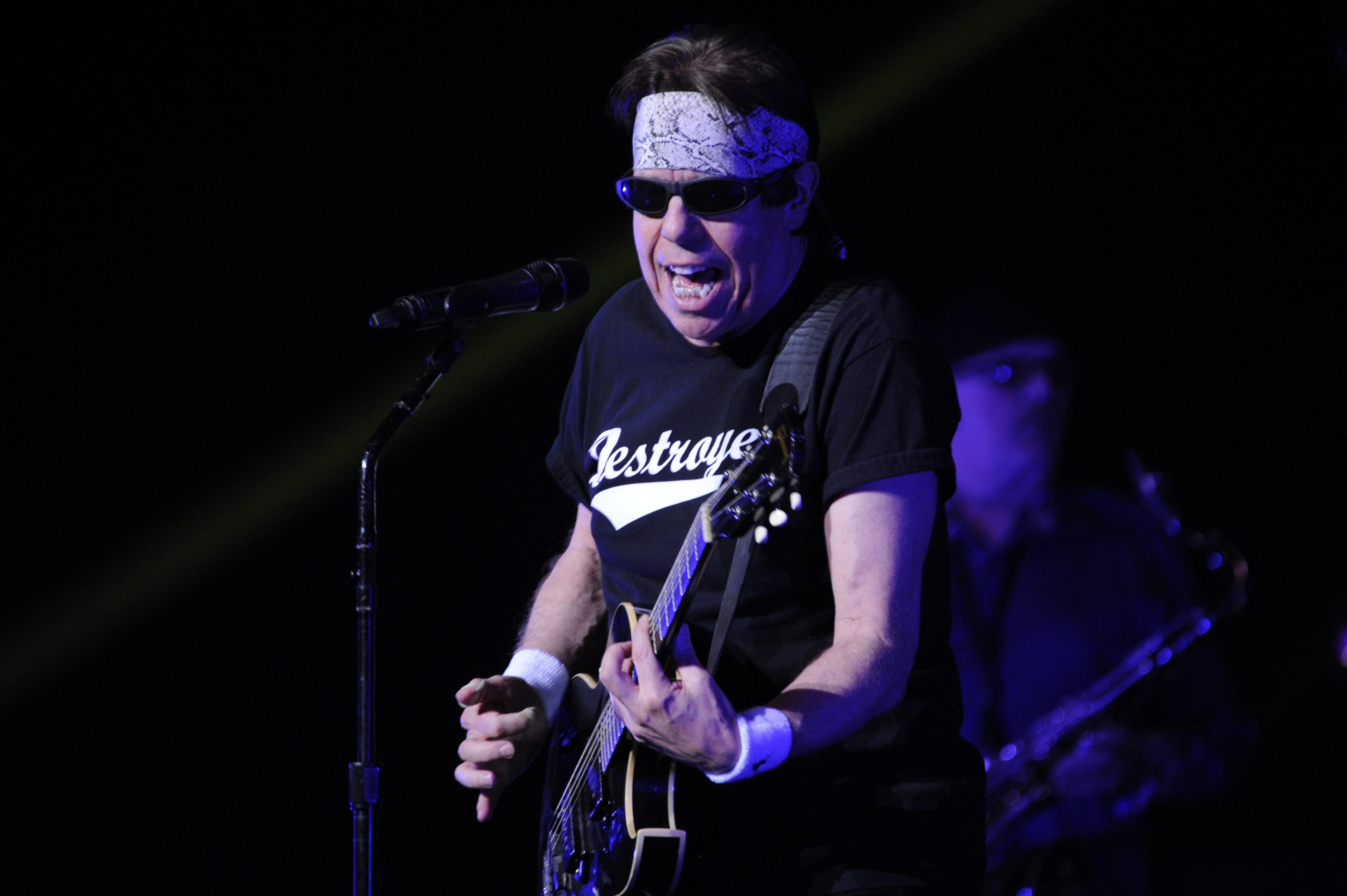 Blues Rocker George Thorogood Still Loud And Proud In Montreal Wbgo