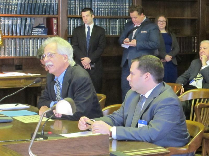 Steven Perskie and Chris Grimm testify at Assembly  hearing.