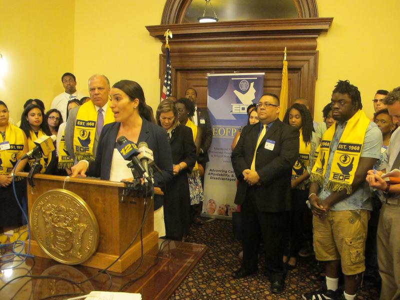 Advocates and lawmakers say the program helps students make it to graduation.