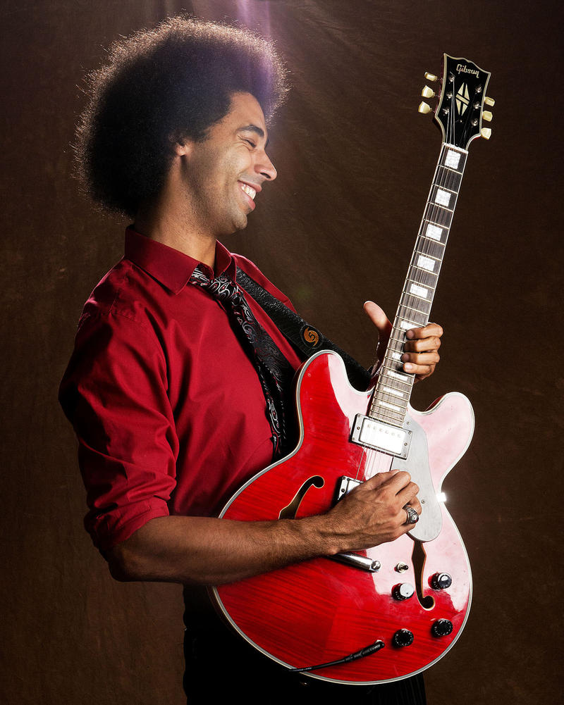 Guitarist Selwyn Birchwood