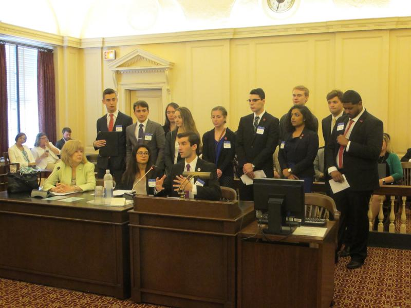 Rutgers students express support for the resolution at Assembly Higher Education Committee hearing