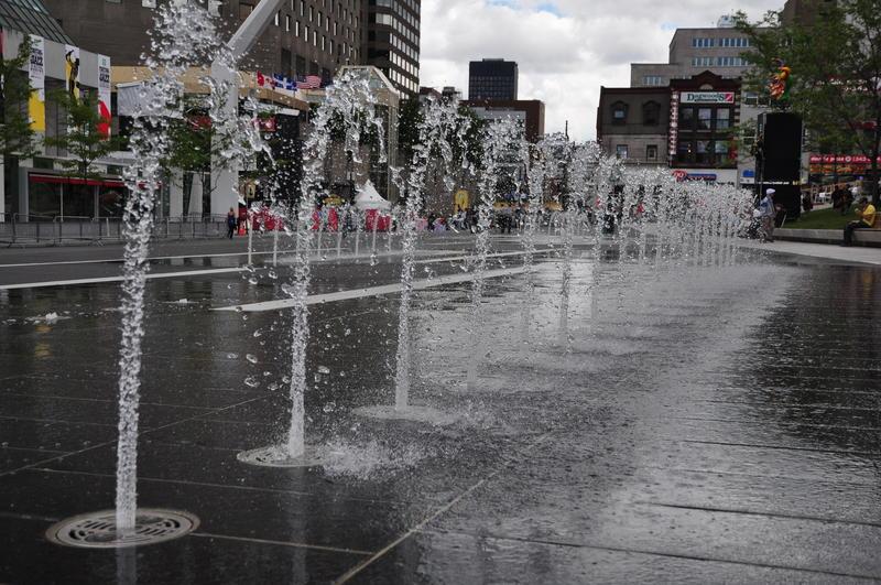 Water sprinklers in streed