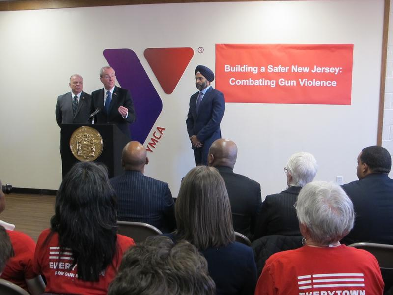 Murphy discusses his plans at the Trenton YMCA