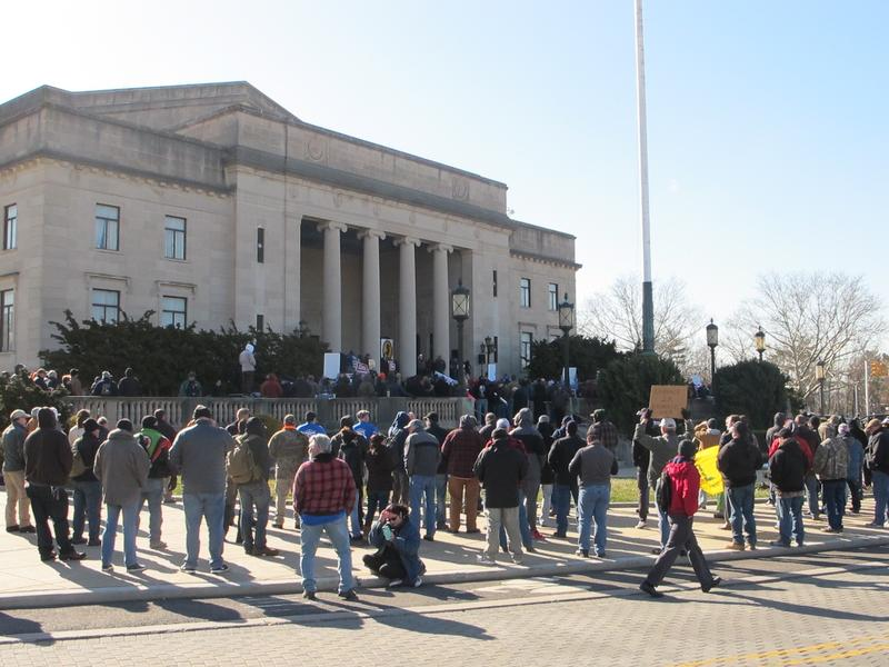 Before the vote gun rights advocates hold rally at Trenton War Memorial