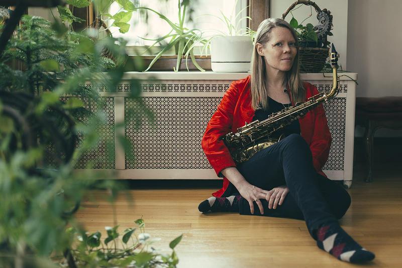 Caroline Davis, whose new album is 'Heart Tonic'