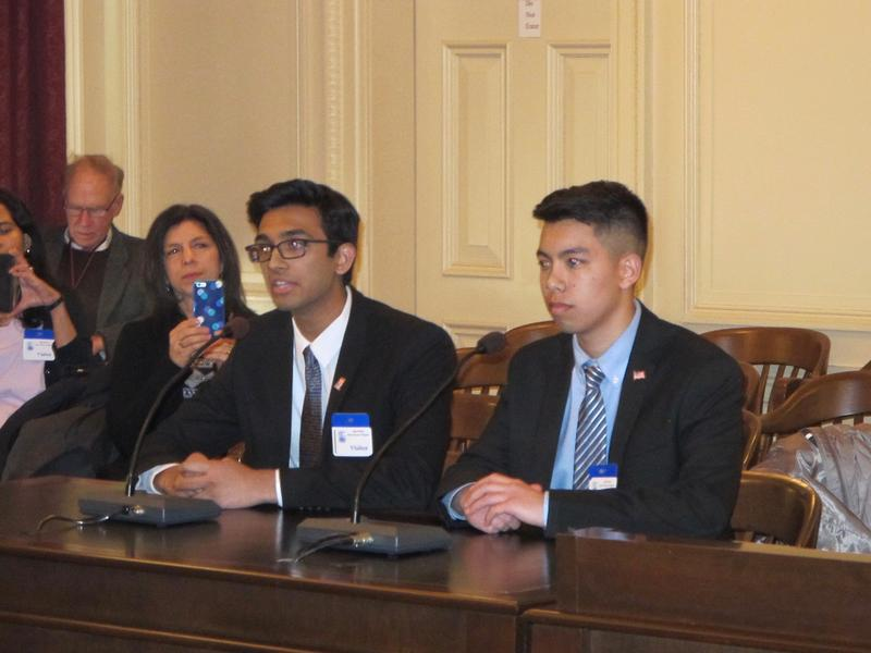High school students Varun Seetamraj and Jason Lam testify at Assembly committee hearing.