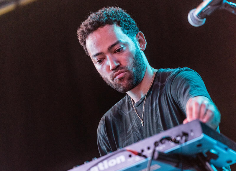 Taylor McFerrin performing with R R=NOW at the 2018 Soleil St. Lucia Summer Festival