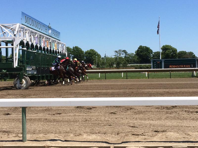 horses leaving starting at Monmouth Park