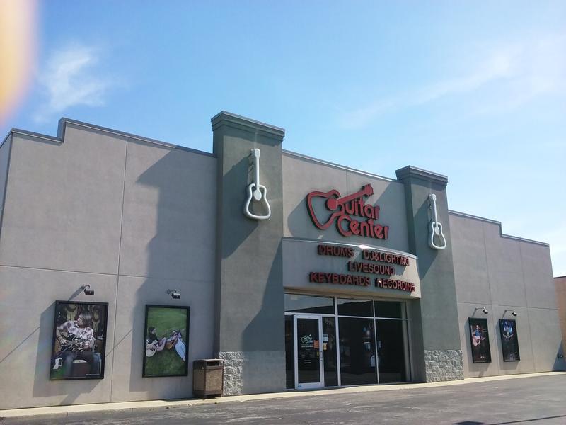 Exterior of Fort Wayne's Guitar Center