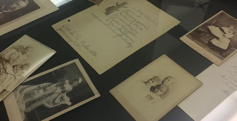 Pictures and documents from Lincoln's descendants are also in the collection.