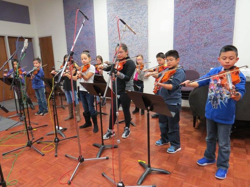 Fairfield Falcon Fiddle Club in the WBOI Meet the Music