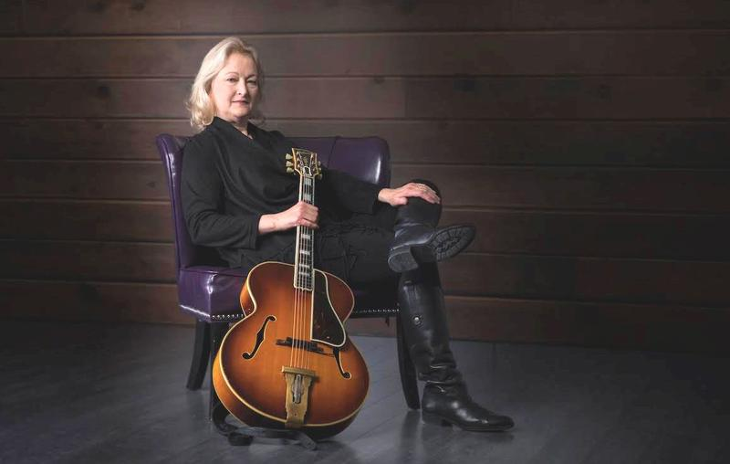 From Texas dance halls and honky tonks, to a place on stage with Nashville's popular Time Jumpers, Carolyn Martin now continues her distinguished musical career right here in Fort Wayne.