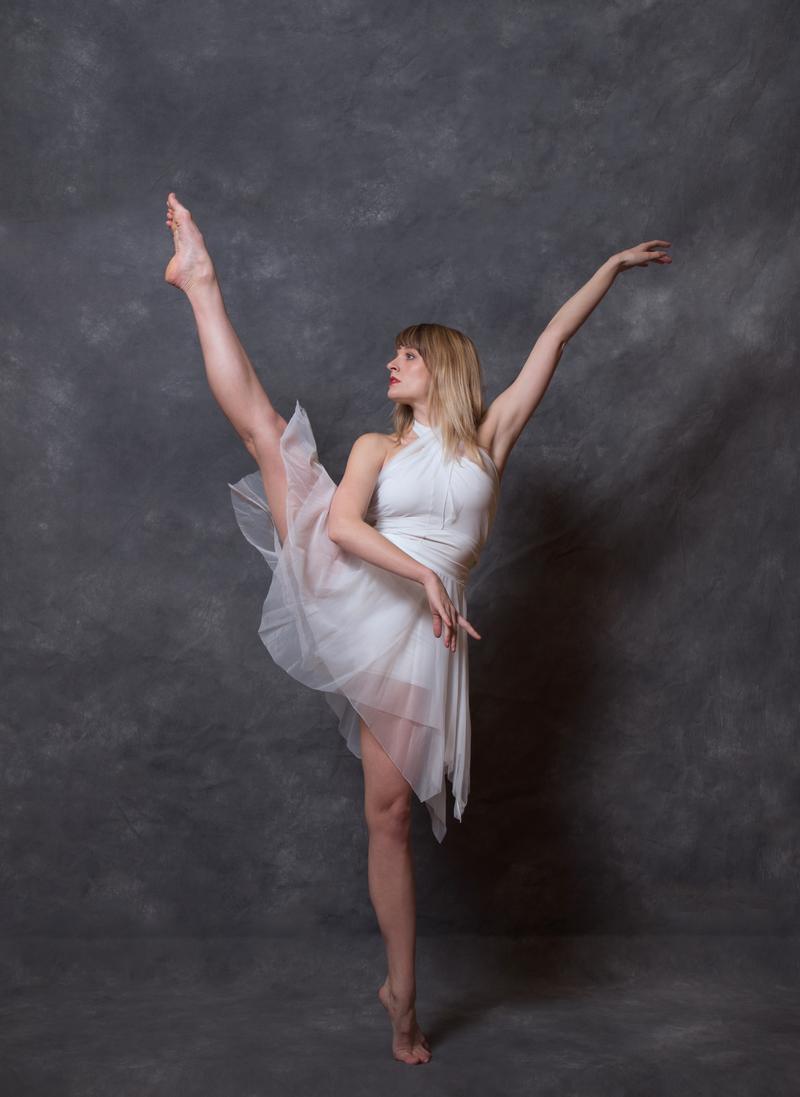 MDT's principal dancer, Emily Craig