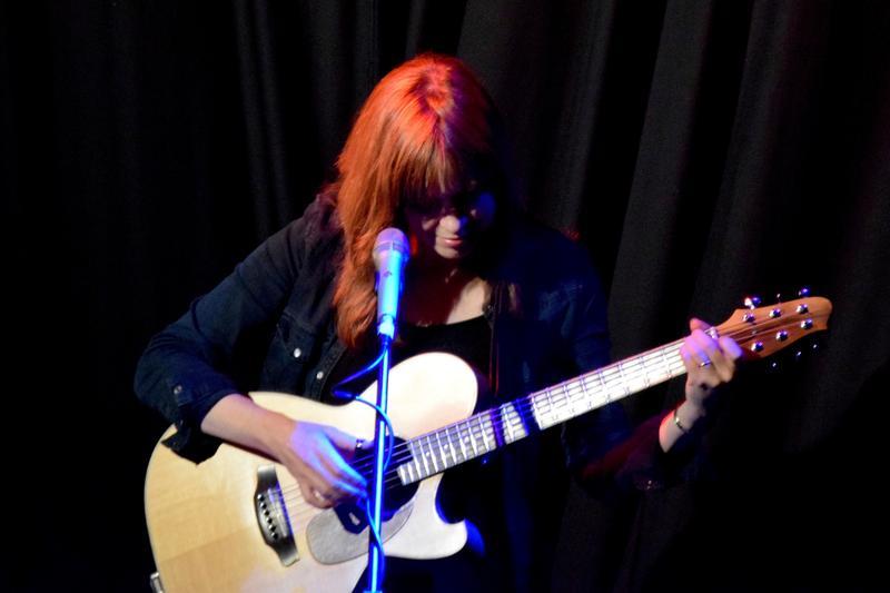 Sarah McQuaid onstage at Tavistock Wharf, Tavistock, Devon, Sunday 27 November 2016.