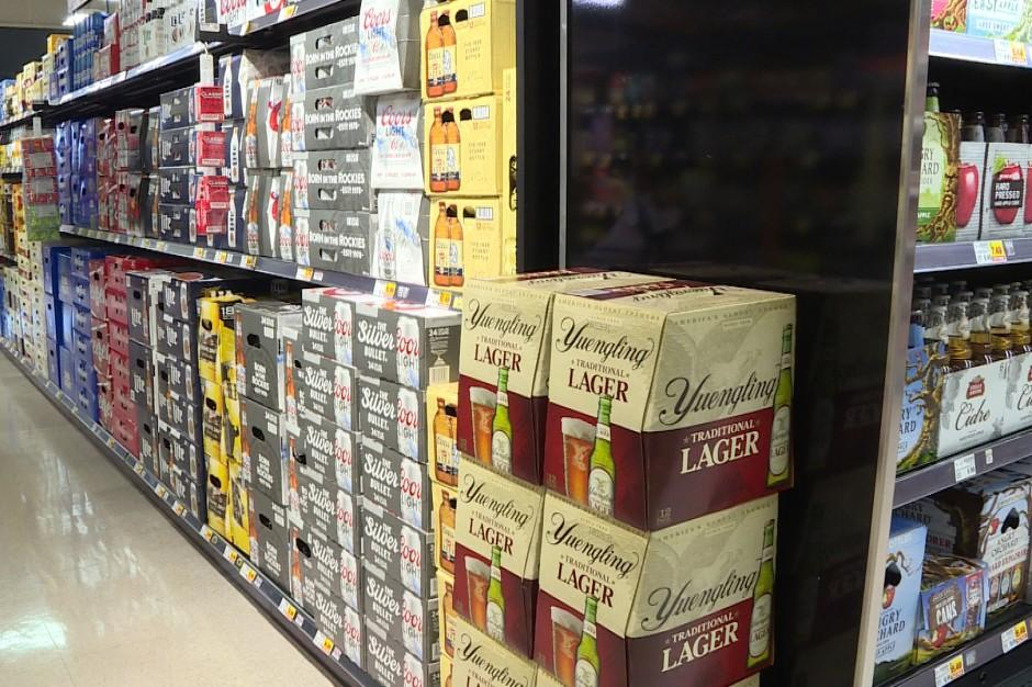 Indiana's governor signs bill allowing Sunday alcohol sales