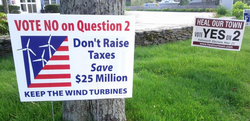 Opponents of decommissioning the turbines focused on the economic costs, while those in favor of the measure focused on the need for a quick end to the divisive controversy.