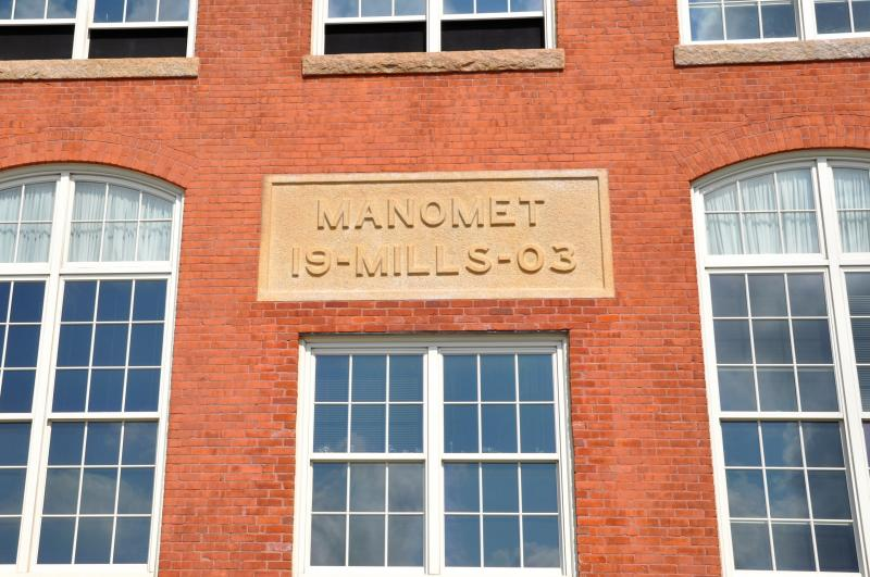 Exterior detail at Manomet Place