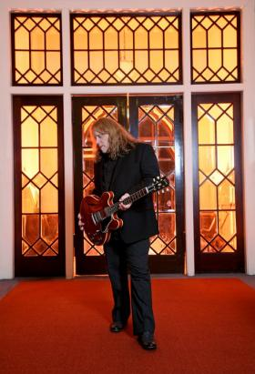Warren Haynes will perform Live From Studio A
