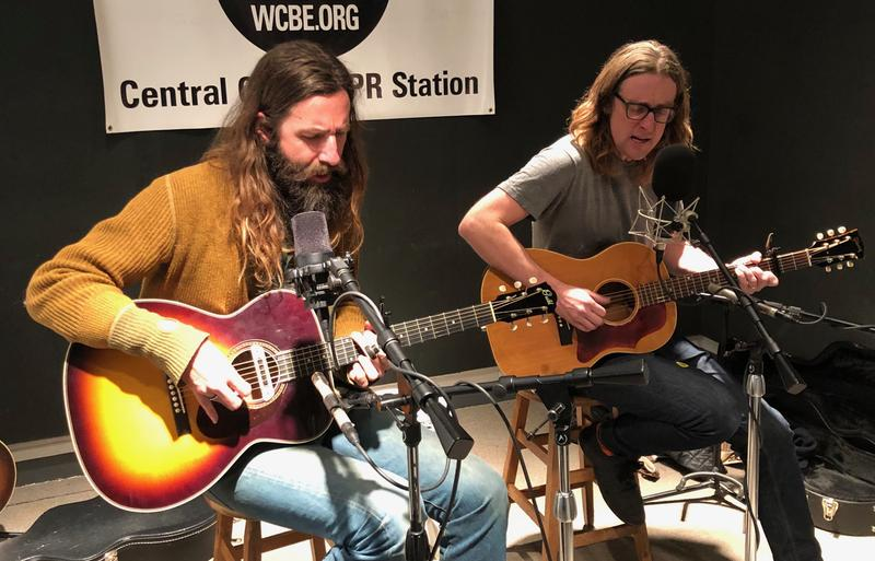 Tyler Ramsey (left) and Carl Broemel perform at WCBE