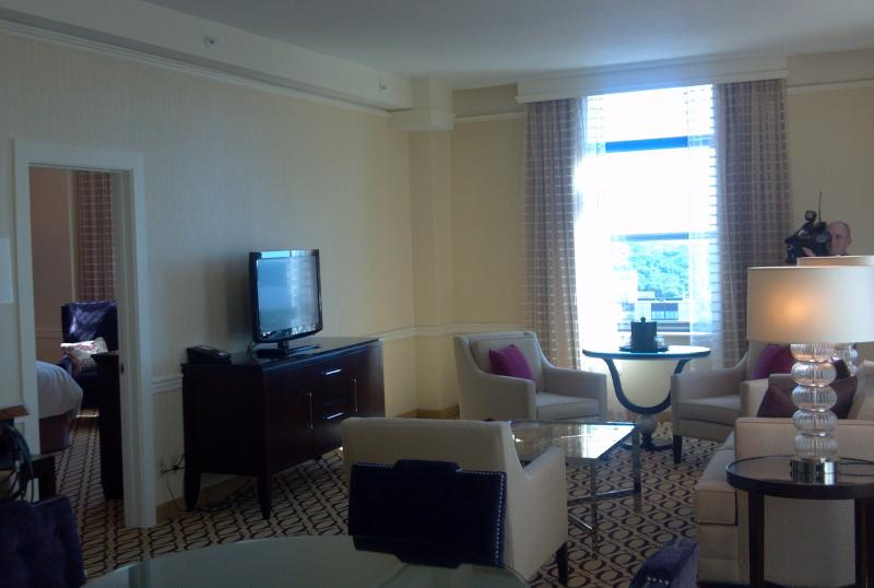Peoria Pere Marquette Marriott King Suite