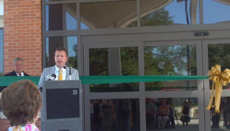 Peoria Coutny Board Memeber Jimmy Dillon speaks at the Heddington Oaks ribbon cutting
