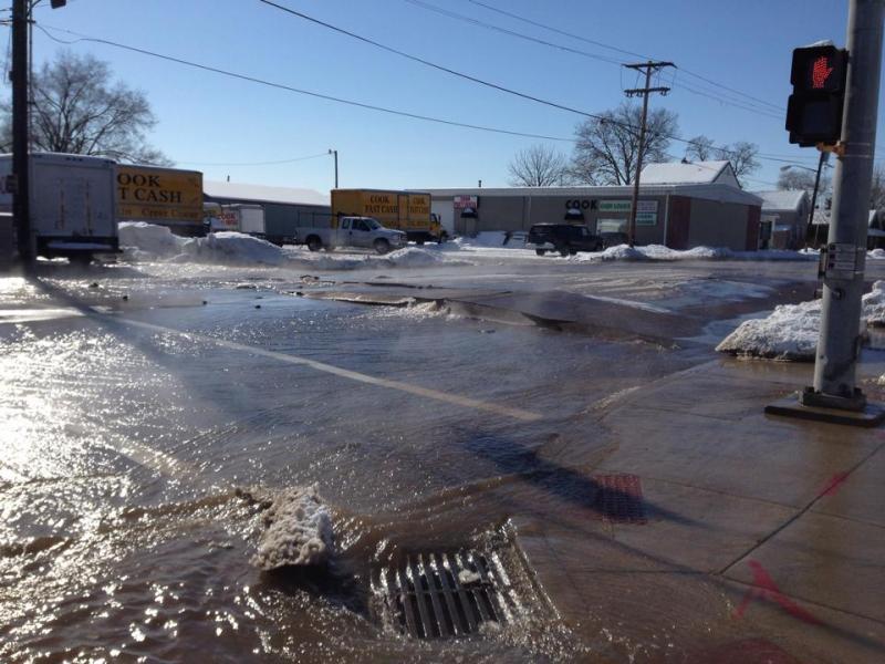 Water main break at NE Jefferson and Abingdon Streets in Peoria, Illinois