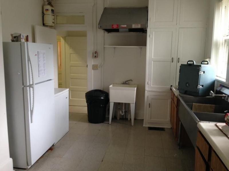 The kitchen of the Veterans' Haven facility.