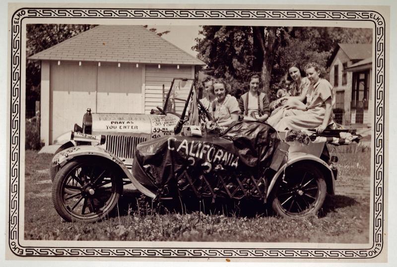 Darlene Dorgan and travelers Margie Dorgan, Patricia Moffett, Ruth Gustafson, and Rosemary Moran in 1940.