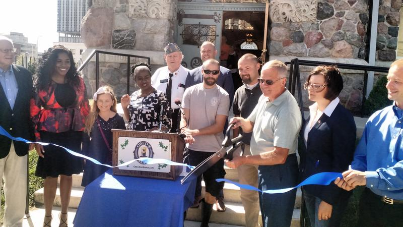 Governor Bruce Rauner and state & local elected officials attended the ribbon cutting of Obed & Isaac's Restaurant and Microbrewery