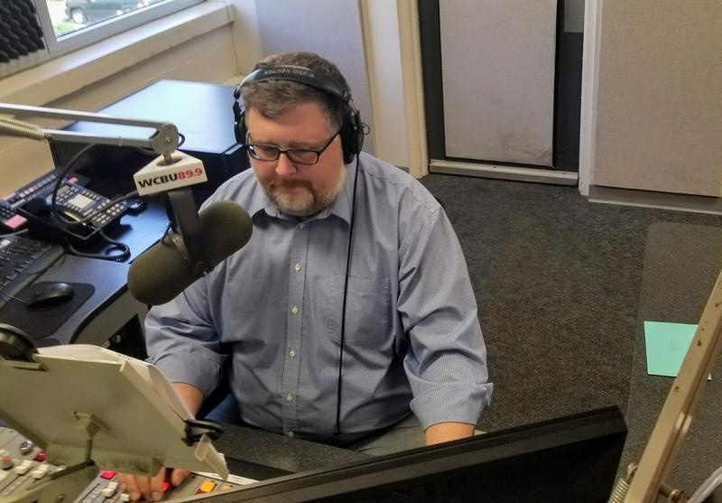 Peoria Public Radio's Operations Manager and local Morning Edition Host Daryl Scott his last day on the air.