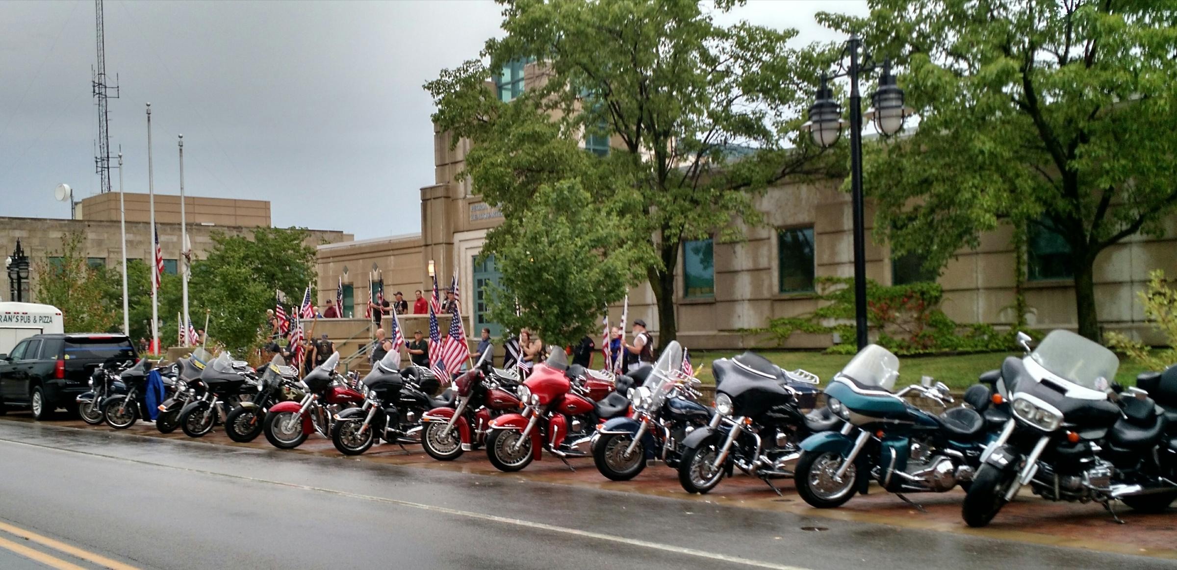 Through Rain and Storm Patriot Guard Stands Alongside Police