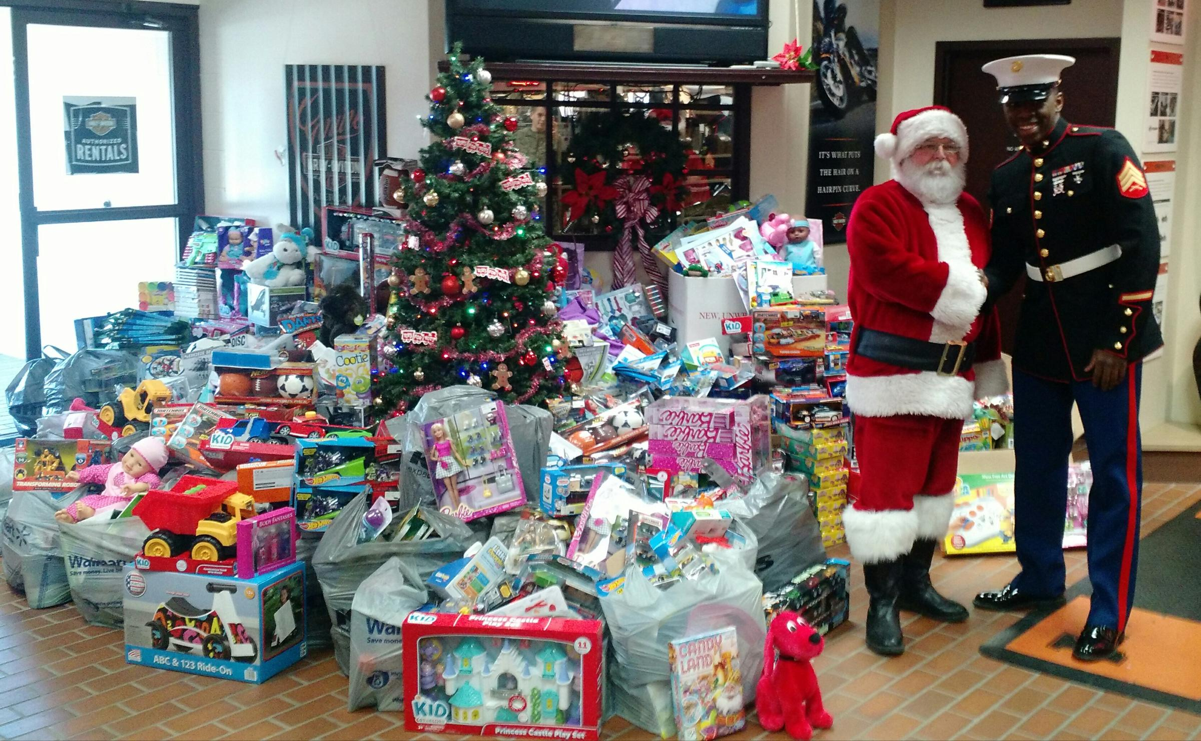 Announcement Email Sample Toys For Tots : Walters brothers gives more toys for tots peoria