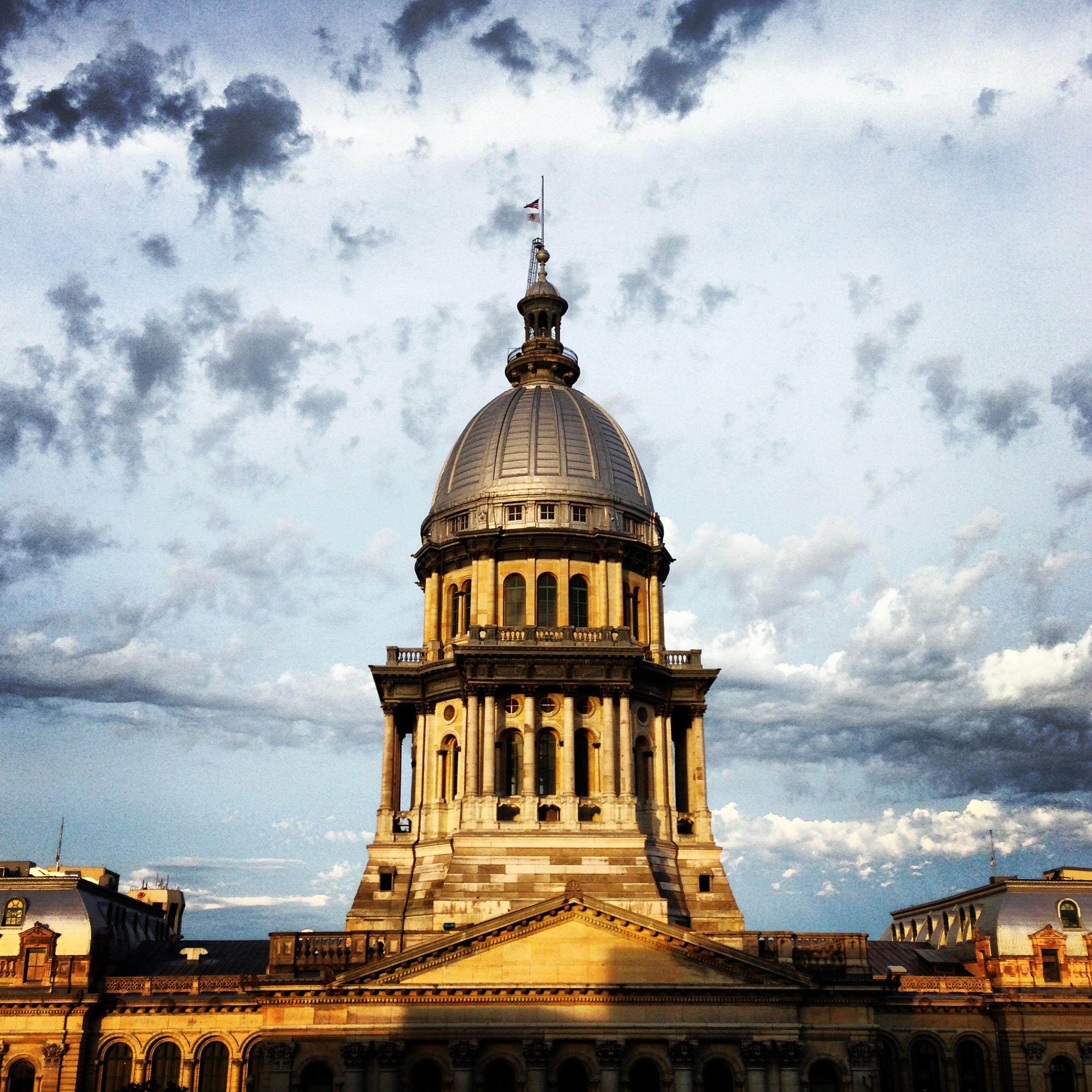 Illinois Senate Approves Budget and Tax Plan With No GOP Support