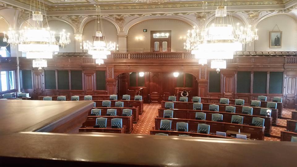 Illinois Senate Delays Votes On Sticky 'Grand Bargain ...