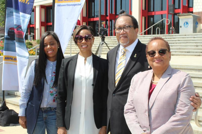 MC Lyte, Dr. Benjamin Chavis, Jr., President and CEO, of NNPA, Michelle Matthews-Alexander, Diversity Marketing Manager, Chevrolet and Dr. Danille K. Taylor, Dean of CAU's Arts and Sciences