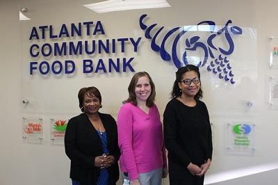 mercedes benz of buckhead gives donation to atlanta community food bank wclk. Black Bedroom Furniture Sets. Home Design Ideas