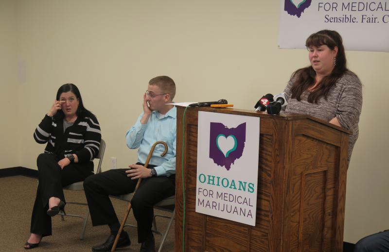 Dana Kovac (far left) and Dane Griffith react to Jennifer Wright's story.