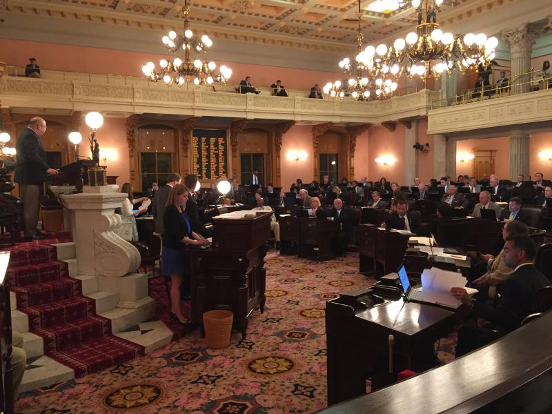 Ohio House holds session late into the night