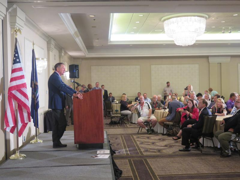 Gov. John Kasich spoke to delegates from Michigan at a breakfast in Cuyahoga Falls.