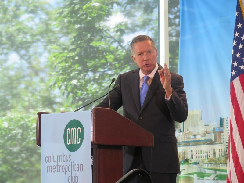 Gov. John Kasich talks to the Columbus Metropolitan Club.